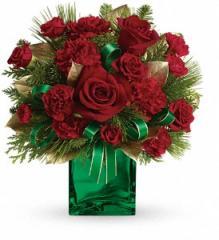 Teleflora's Yuletide Spirit Bouquet