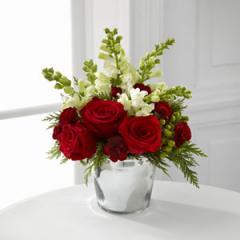 The FTD® Season's Sparkle™ Bouquet B8-4828