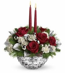 Teleflora's Sparkle of Christmas Centerpiece
