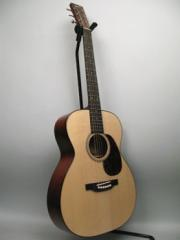 Bourgeois Countryboy OO-Adi / Mahogany Guitar