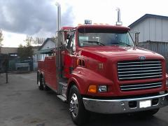 1998 Ford F800 Century 4024 Truck