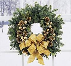 Holiday gold wreath