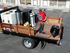 Hot water blaster with SGV gas engine vacuum