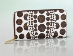 Louis Vuitton Monogram Pumpkin Dots Zippy Wallet