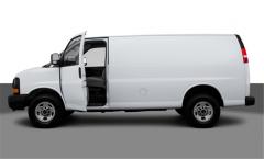 GMC Savana 2500 Cargo Van