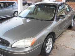 2004 Ford Taurus SES Car