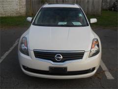 2007 Nissan Altima 3.5 SE Car