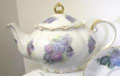 Hydrangea Princess Teapot