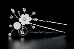 Bridal Hair Pin Set of a Porcelain Flowers