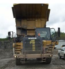 Cat 775F Off-Road Truck