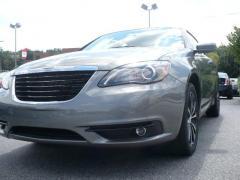 Chrysler 200 S Convertible Car