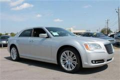 Chrysler 300 4dr Sdn V6 Limited RWD Car
