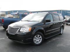 Chrysler Town & Country Touring Plus Van