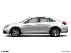 Chrysler 200 4dr Sdn Limited Car