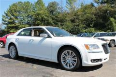 Chrysler 300C 4dr Sdn 300C RWD Car