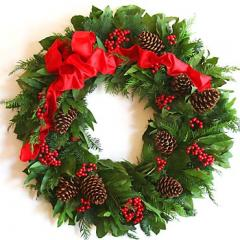 Grand Traditions Wreath
