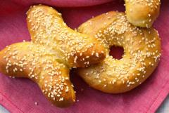 Bagels (soft or chewy in frozen form)