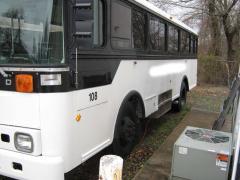 1999 TC2000 BB 40 PASS 5.9 DIESEL