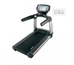 Life Fitness Platinum Club - Engage Treadmill