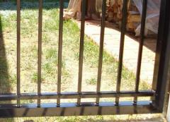 U-Framing a Gate