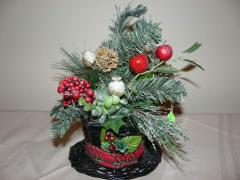 Frosty's Hat Basket - Red and Green