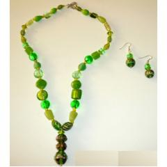 Peridot and glass bead necklace earring set