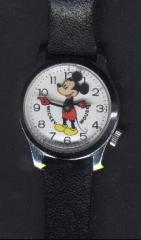 Mickey Mouse Moving Head Watch