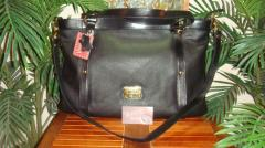 Style 19130 Black Handbag