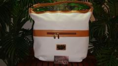 Style 19148 Ivory Handbag