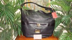 Style 19148 Black Handbag