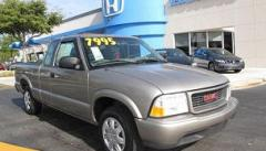 2001 GMC Sonoma 4x2 Extended Cab 122.9 in. WB