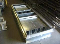 Roofing curbs