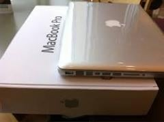 Aple MacBook Pro MGXC2LL-A 15.4 inches With Retina Display 2.8GHz i7 (CrystalWell), 16GB RAM, 1TB Flash Storage, NVIDIA GeFo