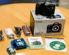 Canon EOS 6D 20MP DSLR Camera (w/ 24-105mm IS........950 USD