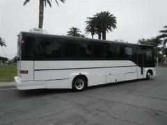 2005 Tuxedo Style Freightliner Craftsman Built Party Bus #4014