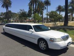 2008 White 180-inch Lincoln Towncar Limo by Moonlight #1881