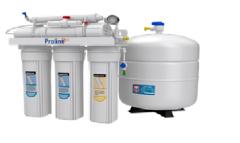 Sistema de purificacion de agua alcalino.