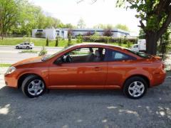2006 Chevrolet Cobalt LS Front-Wheel Drive