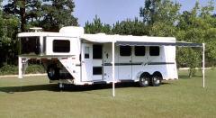 3-Horse Gooseneck Living Quarters