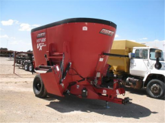 Roto-Mix 505 VXT Trailer Mixer