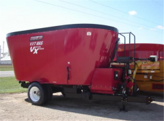 Roto-Mix 865 VXT Vertical Mixer Trailer