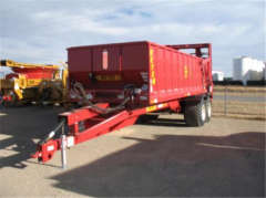 Meyer 9524 Crop Max Manure Spreader Trailer