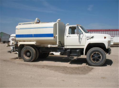 Water Tank 1985 Ford W/ 2400 Gallon