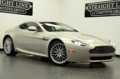 Automobile 2011 Aston Martin Vantage