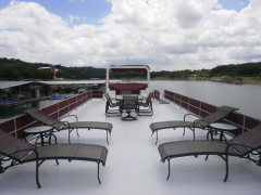 House Boat Lakeview Yacht