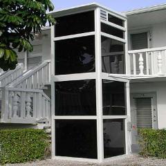 Fully Enclosed Lift, Vertilift