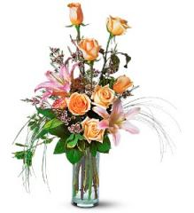 Rose and Lily Splendor Bouquet