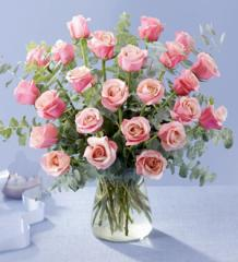 The FTD® Pink Passion™ Rose Bouquet E2-4199