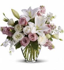 Isn't It Romantic Bouquet T9-1A