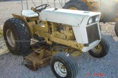 Tractor INTERNATIONAL 185 2WD